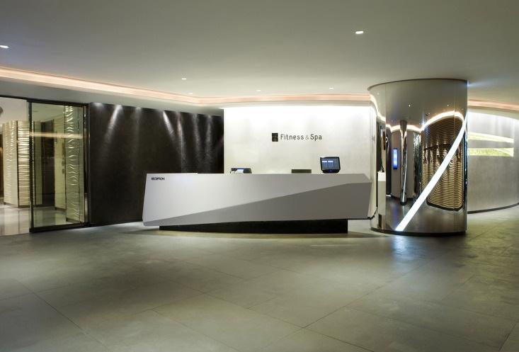 Lotte Hotel, Reception